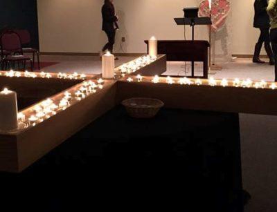 Holden prayer at the cross (2)